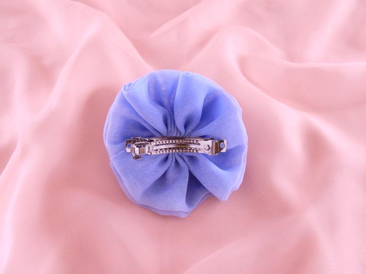 blue 本体直径11cm 留め具8cm ¥2,500-
